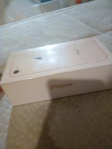 iPhone 8 256 GB Ungeöffnet Mit Rechnung
