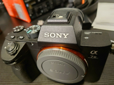 Sony Alpha A7 III 24,2 MP Digitalkamera - Schwarz