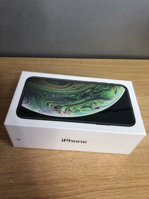 iPhone XS 512gb unlocked brandnew 12 month apple warranty