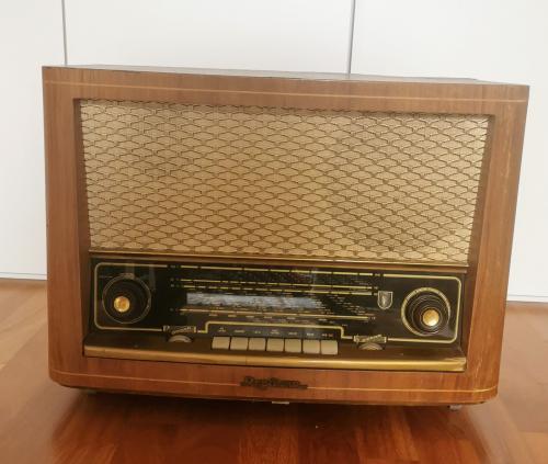 Radio Resonar 1956